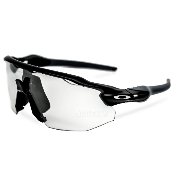 오클리 선글라스 레이다 EV 어드벤서 변색 OO9442-0638 OO9442-06 OAKLEY RADAR EV ADVR MATTE BLACK/CLEAR BLACK IRIDIUM PHOTOCHROMIC